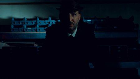 The Shapeshifting Detective скачать торрент