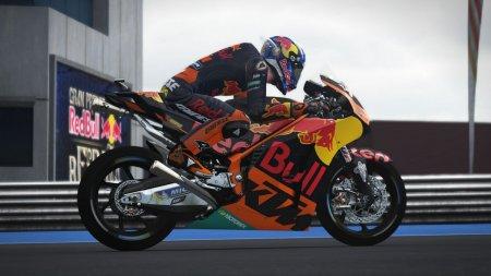 MotoGP 17 скачать торрент